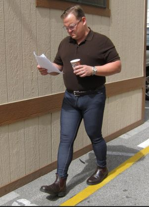 andy-richter-in-skinny-jeans